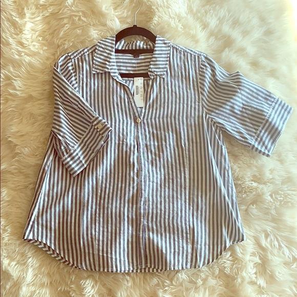 J. Crew Tops - J Crew short sleeve button up shirt
